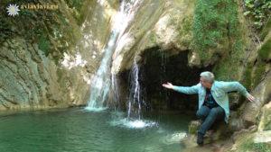 Водопад Молодости на верхней тропе Мамедова ущелья
